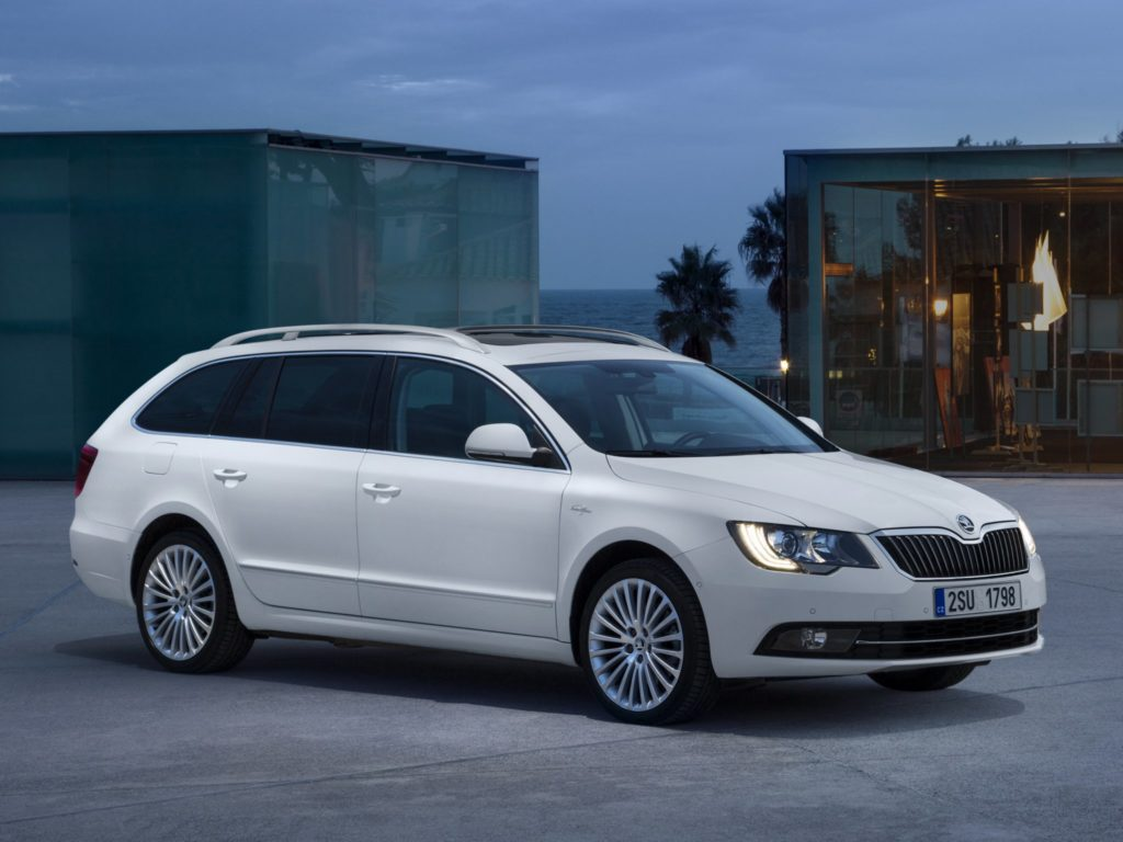 2016-skoda-superb-combi-awesome-images-wallpaper-x7095p