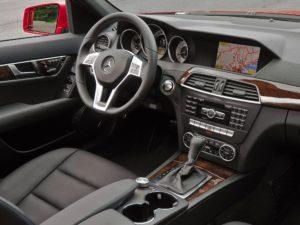 Mercedes-Benz-C-Class-Interior-2013-04