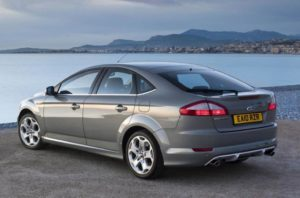 2011-Ford-Mondeo-2