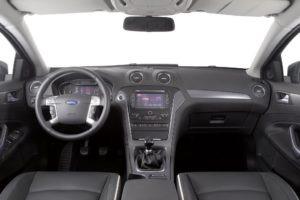 Ford_Mondeo_FL_2011_Interior_3